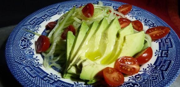 Fast Day Avocado Cucumber Tomato Salad