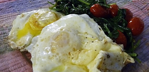 Fast Day Meal Plan | BRINNER | Fried Eggs With Spinach & Tomatoes & Southern Biscuit